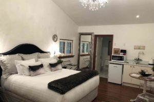 French-Farm-Winery-1-Champs-Elysee-Bedroom